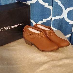 NIB BCBG Clayton Boot